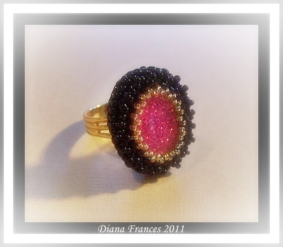 Glamour Ring Fuchsia and Black
