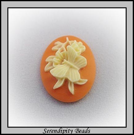 Cameo Acrylic Coral/ Ivory