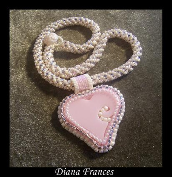 """Marshmallow"" Heart Necklace"