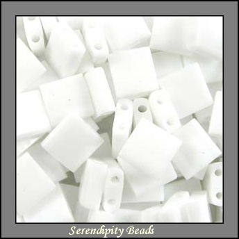 Tila�,  Opaque Shiny White, (TL402), 10g